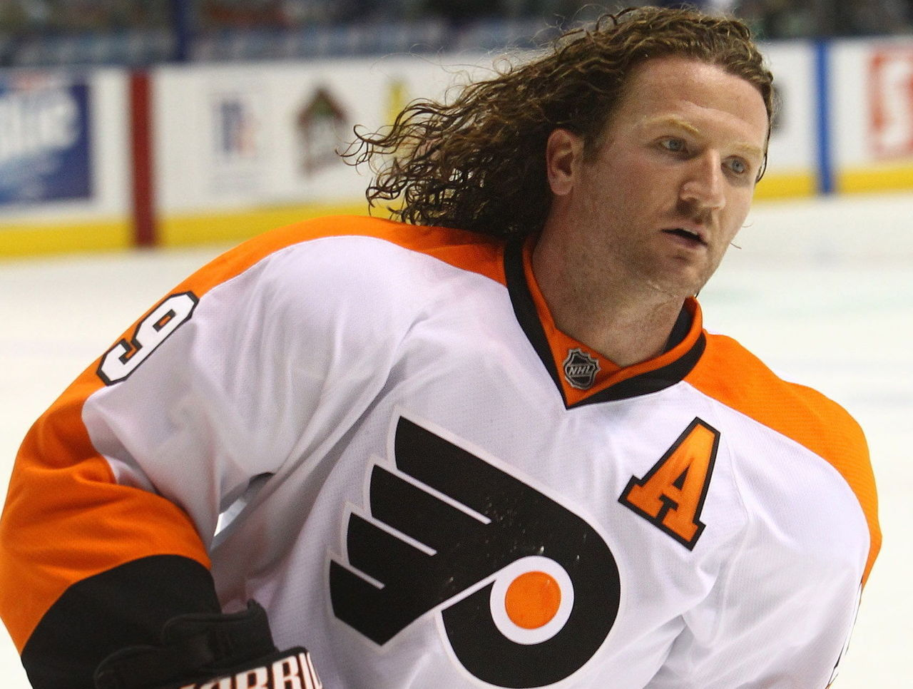 Hartnell s hair became a hit during his days with the Philadelphia Flyers  with his big curly-mane 57f759e2d
