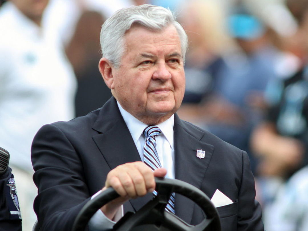 Jerry Richardson to put Panthers up for sale amid misconduct allegations
