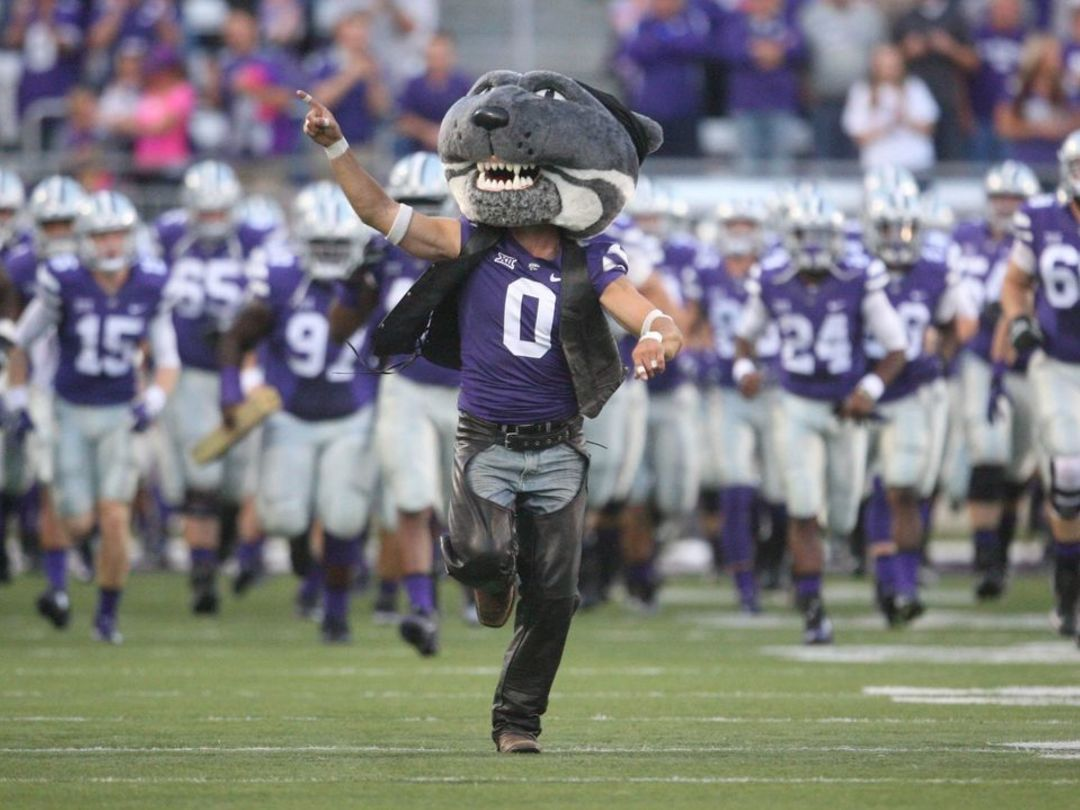 TCU-Kansas State kickoff delayed by lightning in area
