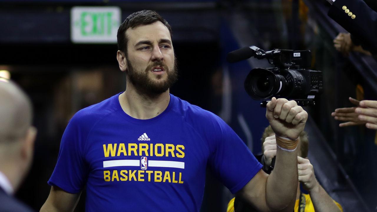 Report: Mavericks, Warriors advancing towards Bogut trade