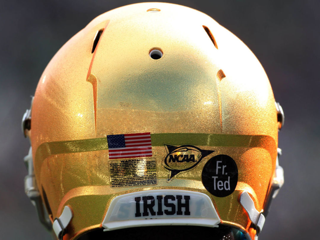 Report: Notre Dame promoting Clark Lea to defensive coordinator