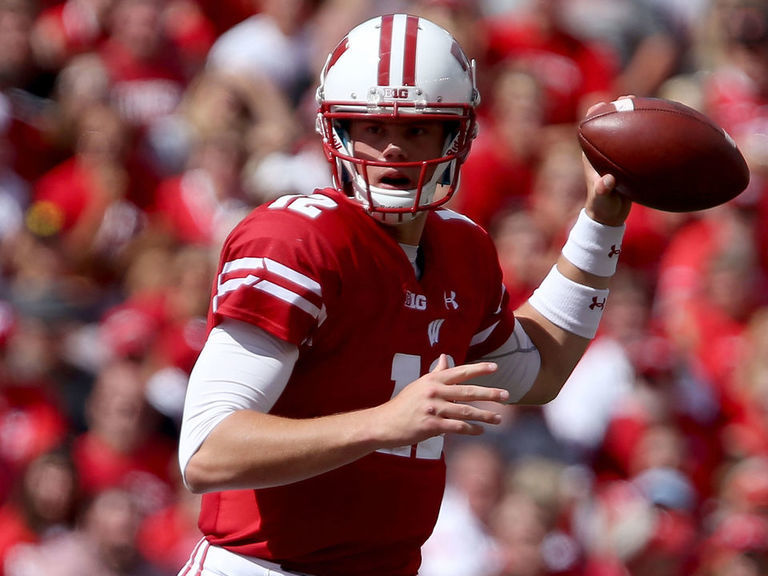 Wisconsin's Hornibrook sidelined with concussion