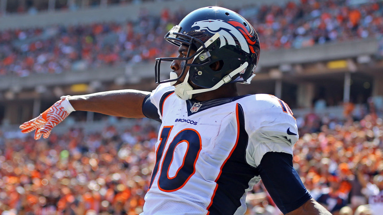 Did NFL not fine Emmanuel Sanders because he's bad at twerking?