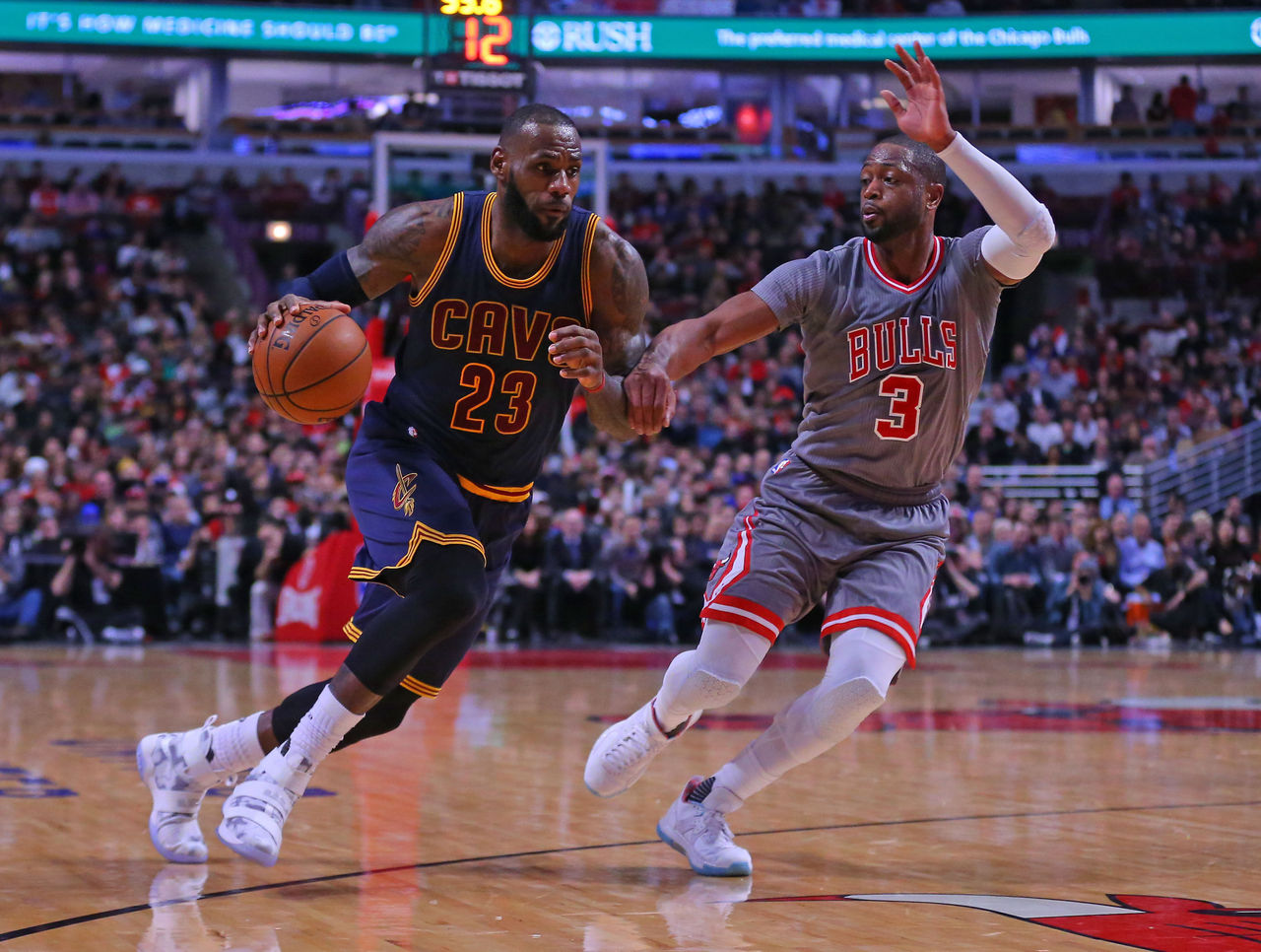 Cropped 2016 12 03t035008z 1263673439 nocid rtrmadp 3 nba cleveland cavaliers at chicago bulls