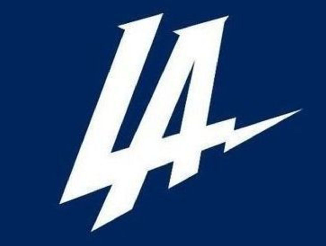 Cropped chargers new logo