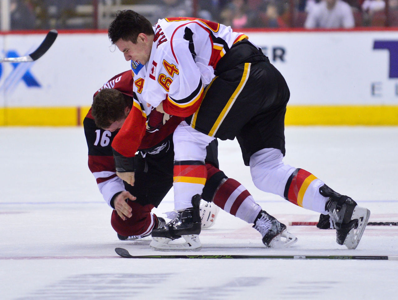 Cropped 2016 12 09t041711z 2059597188 nocid rtrmadp 3 nhl calgary flames at arizona coyotes