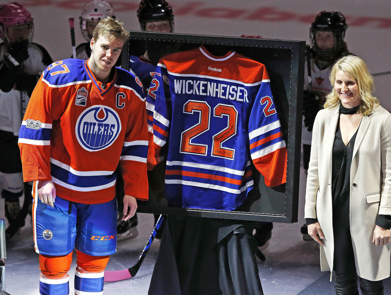 Cropped 2017 01 15t041715z 886892178 nocid rtrmadp 3 nhl calgary flames at edmonton oilers