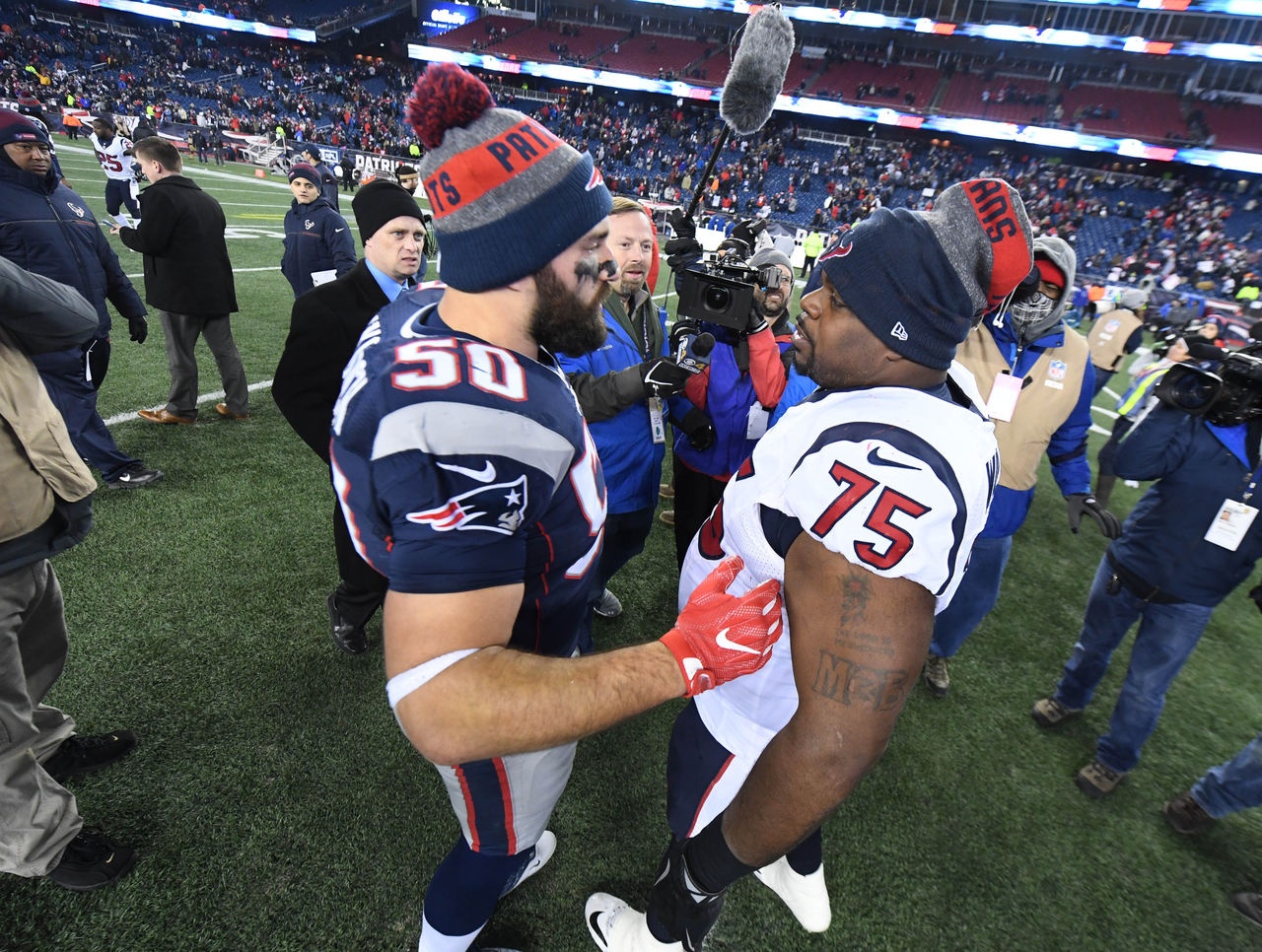 Cropped_2017-01-15t044203z_946902351_nocid_rtrmadp_3_nfl-afc-divisional-houston-texans-at-new-england-patriots
