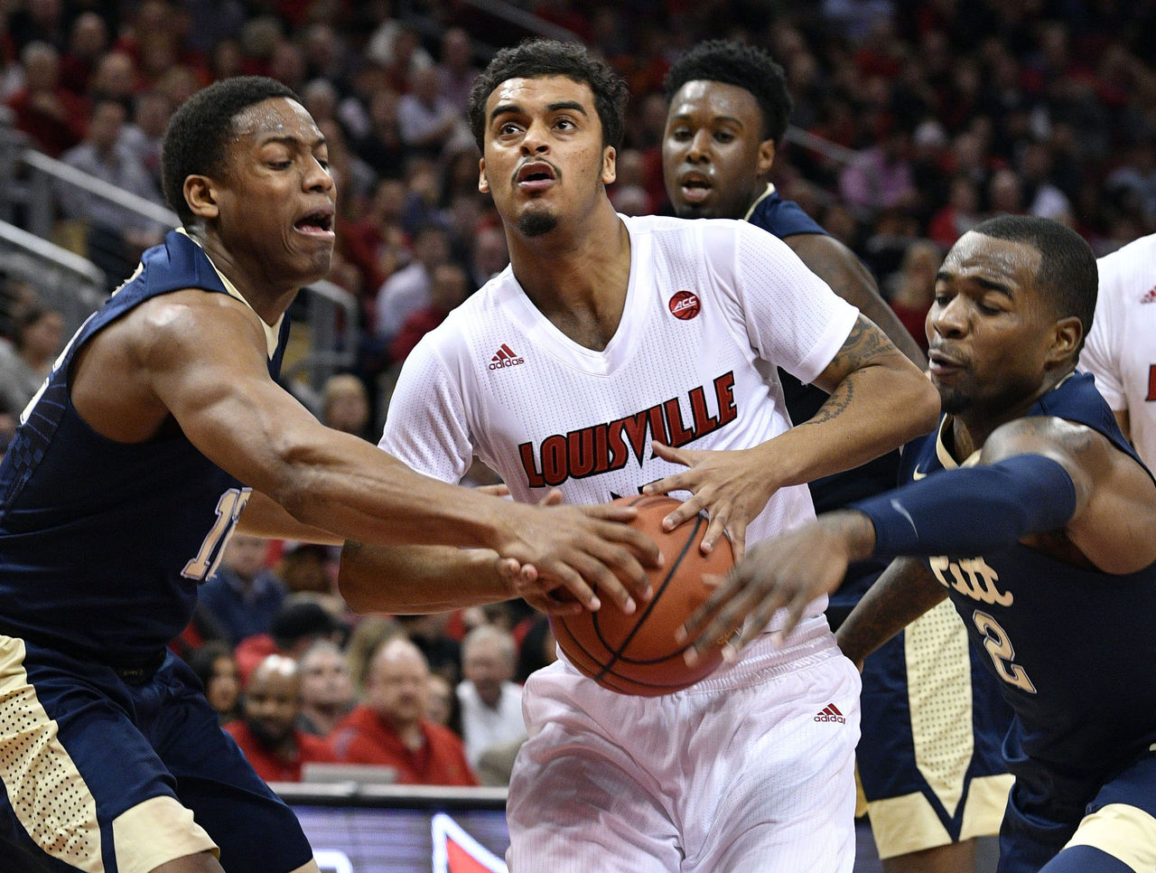 Cropped 2017 01 12t023710z 212974751 nocid rtrmadp 3 ncaa basketball pittsburgh at louisville