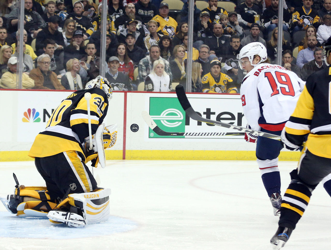 Cropped 2017 01 17t010533z 374525096 nocid rtrmadp 3 nhl washington capitals at pittsburgh penguins