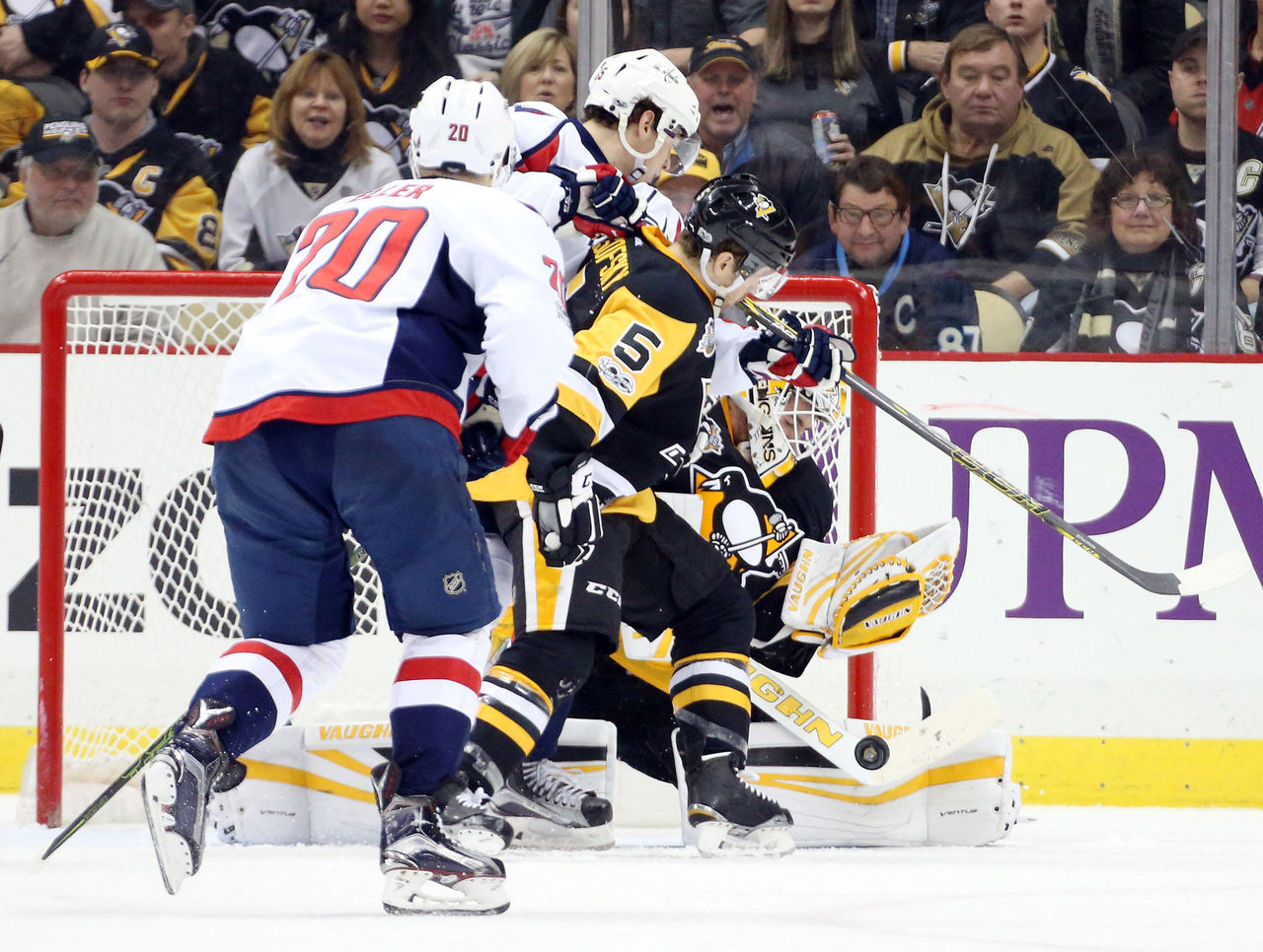 Cropped 2017 01 17t035344z 645832634 nocid rtrmadp 3 nhl washington capitals at pittsburgh penguins