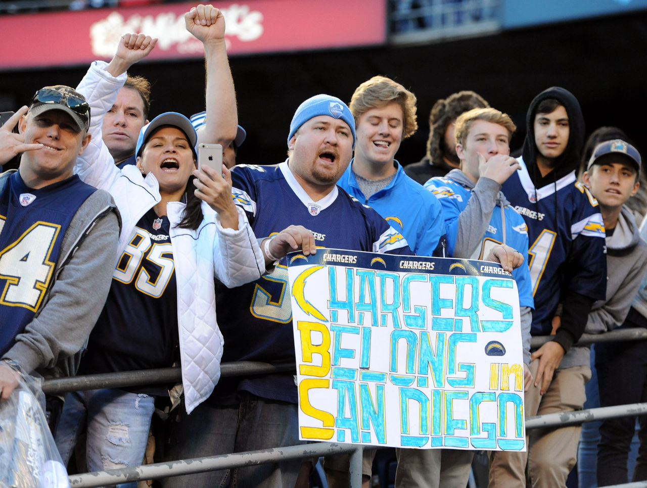 Cropped 2017 01 02t020601z 2135971122 nocid rtrmadp 3 nfl kansas city chiefs at san diego chargers