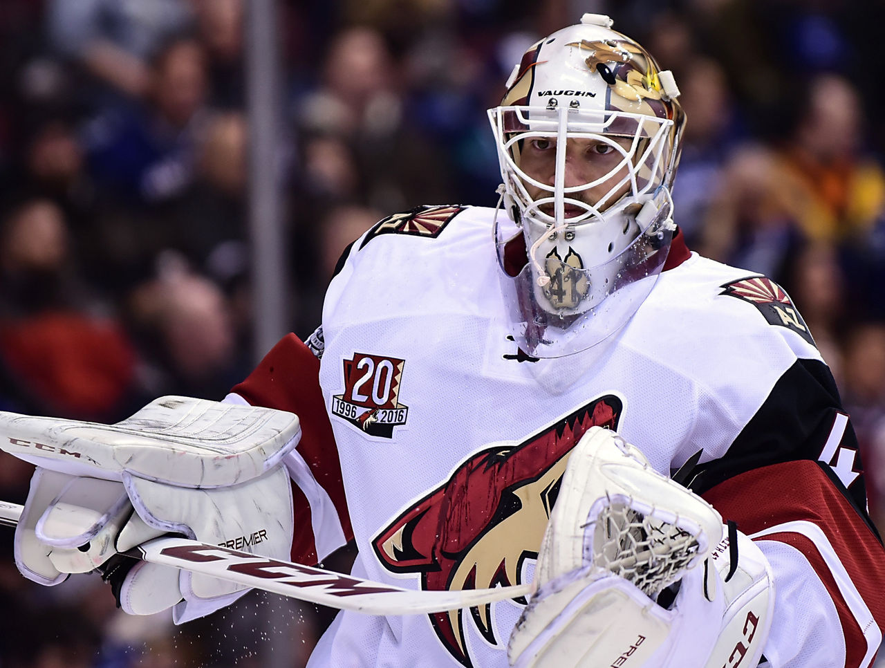 Cropped 2017 01 05t035424z 824367680 nocid rtrmadp 3 nhl arizona coyotes at vancouver canucks  1