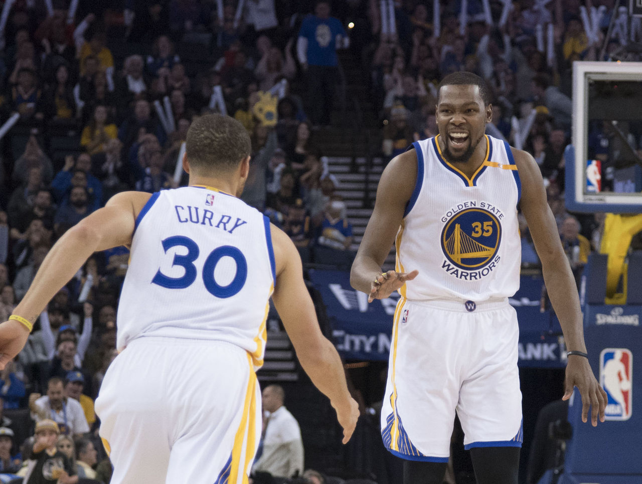 Cropped 2017 01 17t034127z 1499552956 nocid rtrmadp 3 nba cleveland cavaliers at golden state warriors