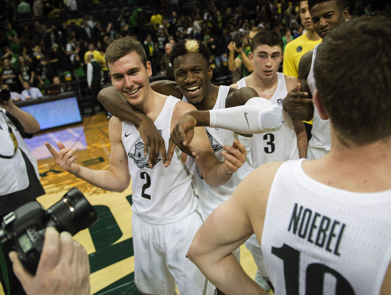 Cropped 2017 01 22t010239z 1039721234 nocid rtrmadp 3 ncaa basketball stanford at oregon
