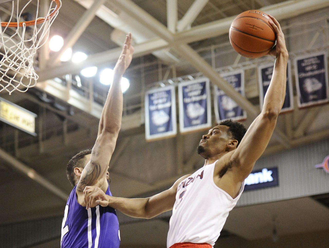 Cropped 2017 01 22t022423z 1119345789 nocid rtrmadp 3 ncaa basketball portland at gonzaga