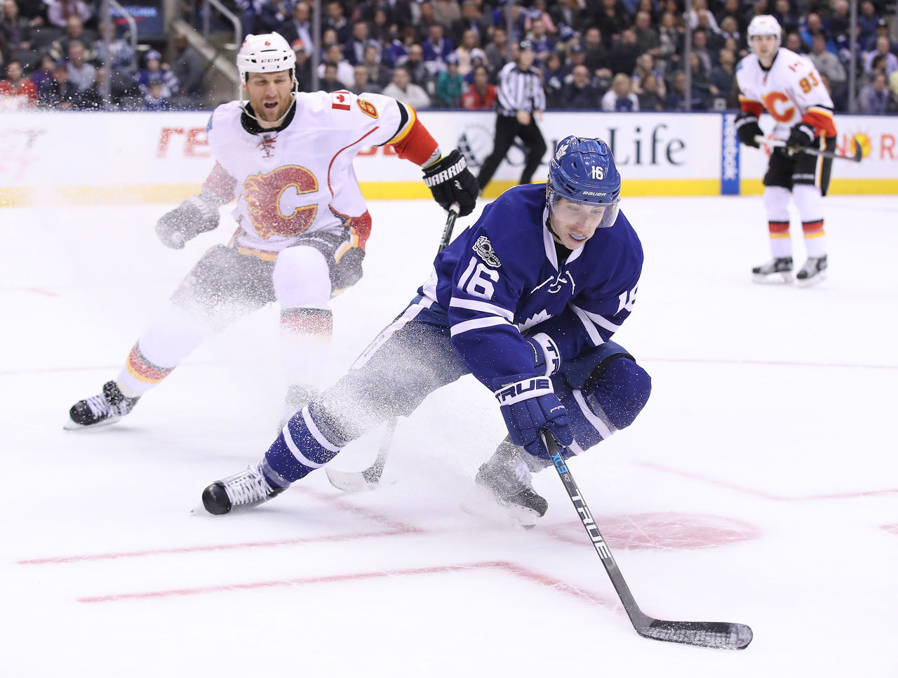 Cropped 2017 01 24t035335z 1909073853 nocid rtrmadp 3 nhl calgary flames at toronto maple leafs