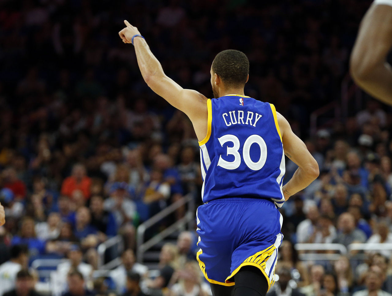 Cropped 2017 01 22t193833z 1278932330 nocid rtrmadp 3 nba golden state warriors at orlando magic