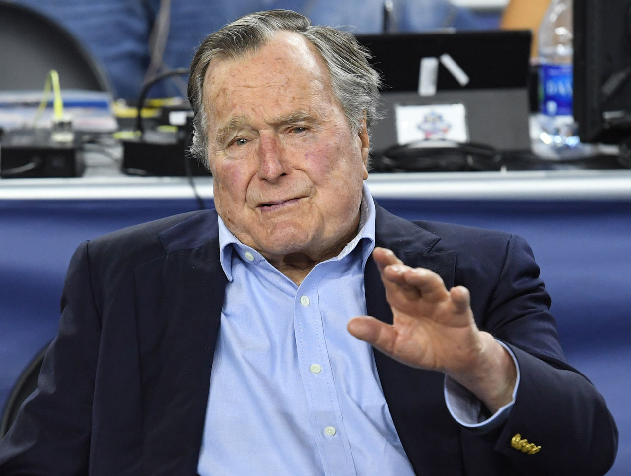 Report: NFL asks George H.W. Bush to serve as honorary coin flipper