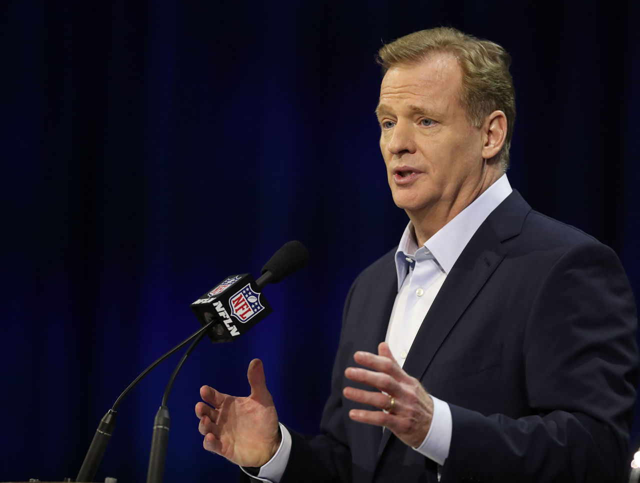 Cropped 2017 02 01t192758z 4839984 nocid rtrmadp 3 nfl super bowl li commissioner roger goodell press conference