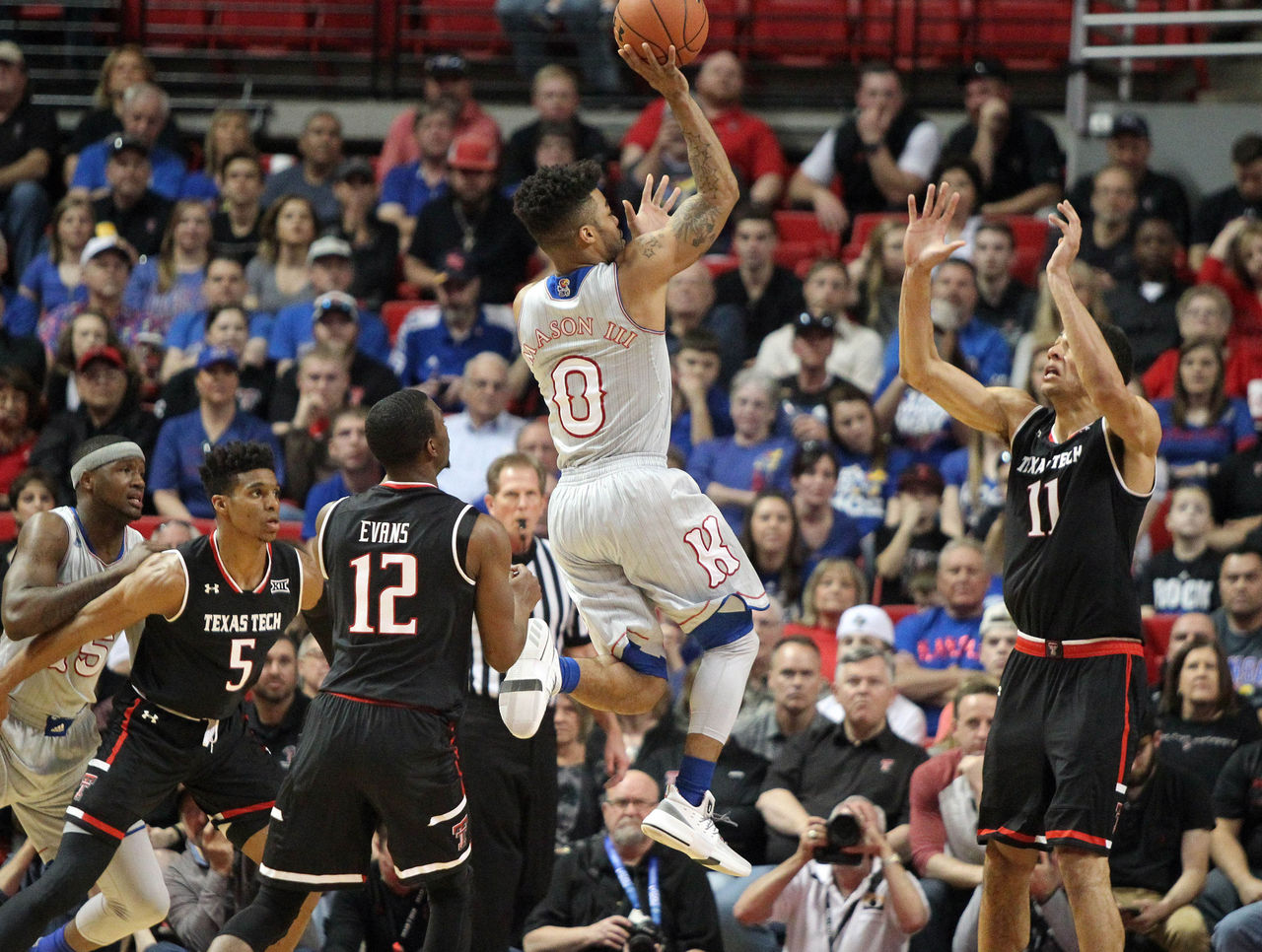 Cropped_2017-02-11t202122z_1952835099_nocid_rtrmadp_3_ncaa-basketball-kansas-at-texas-tech