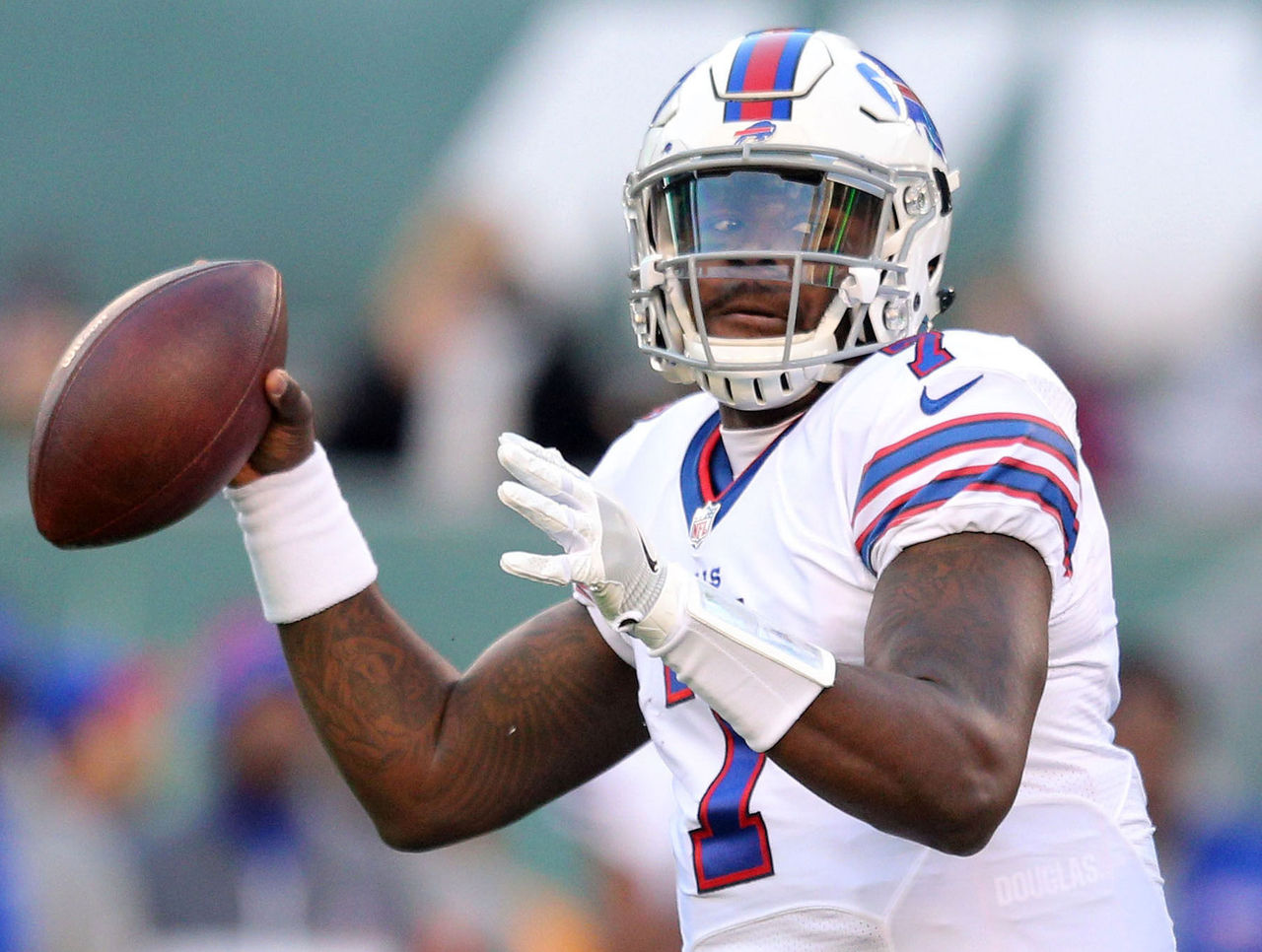 Bills trade Cardale Jones to Chargers for conditional pick