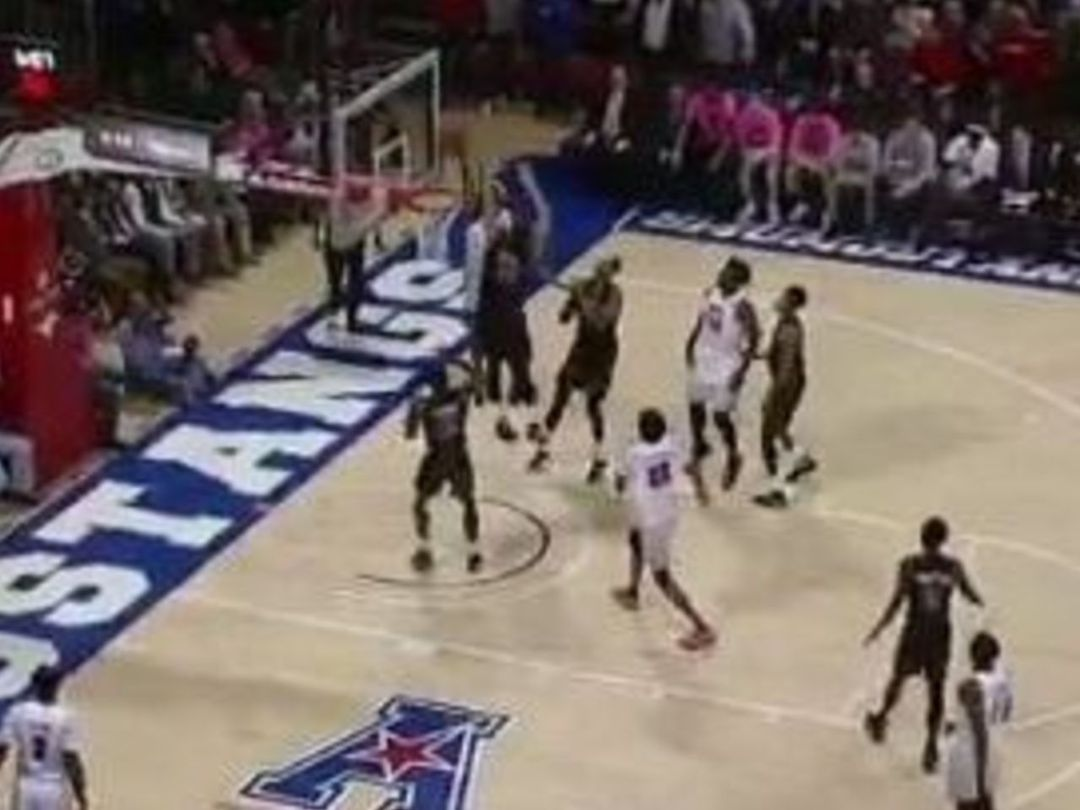 SMU's Foster crowns Tulane with monster dunk