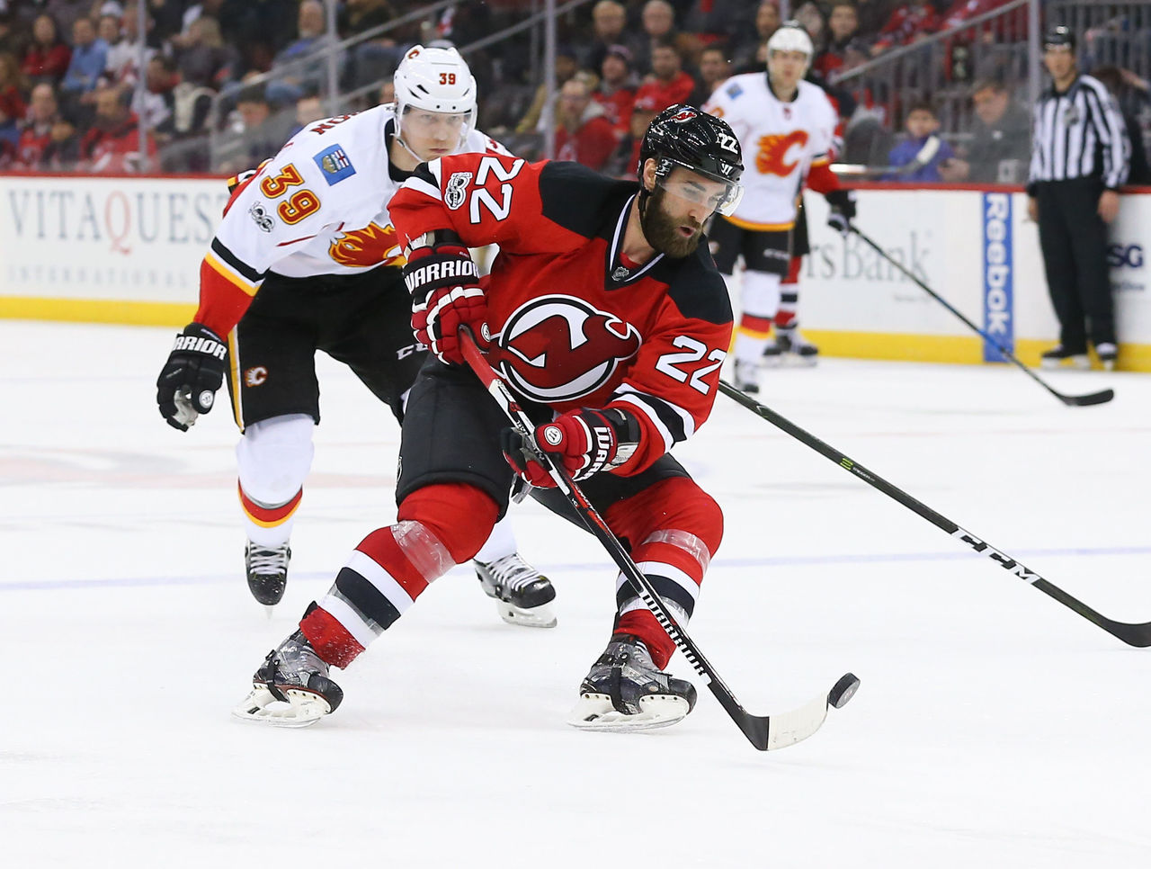 Cropped_2017-02-04t040829z_1334684585_nocid_rtrmadp_3_nhl-calgary-flames-at-new-jersey-devils