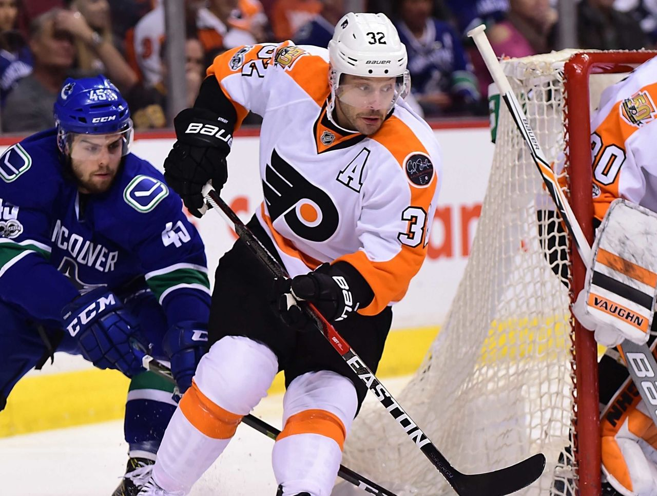 Cropped_2017-02-20t035751z_1360082017_nocid_rtrmadp_3_nhl-philadelphia-flyers-at-vancouver-canucks