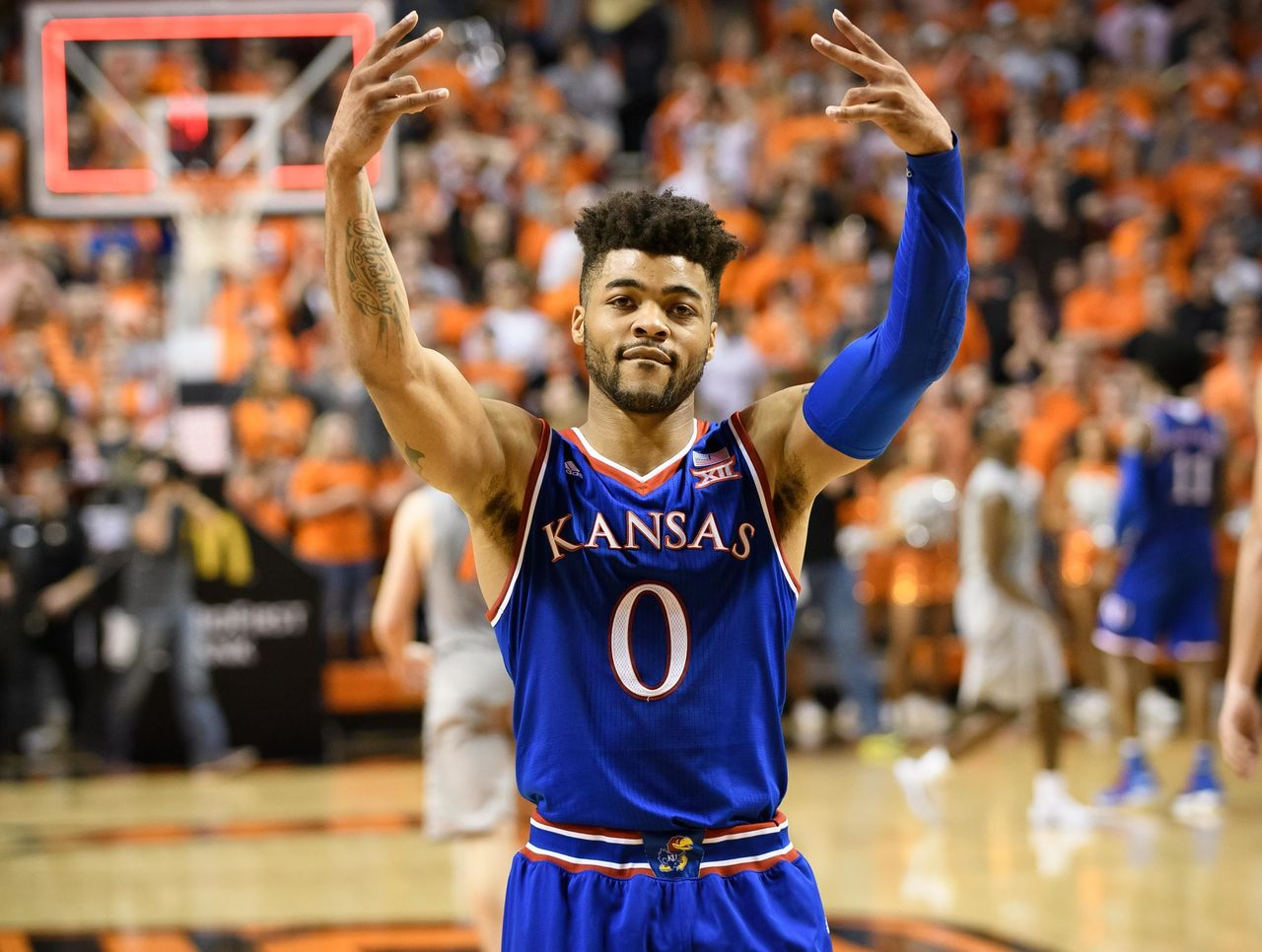 frank mason Frank mason iii #10 pos: guard ht: 5-11 wt: 190 dob: 4/3/94 selected by sacramento out of the university of kansas in the second round (34th overall) of the 2017 nba draft.