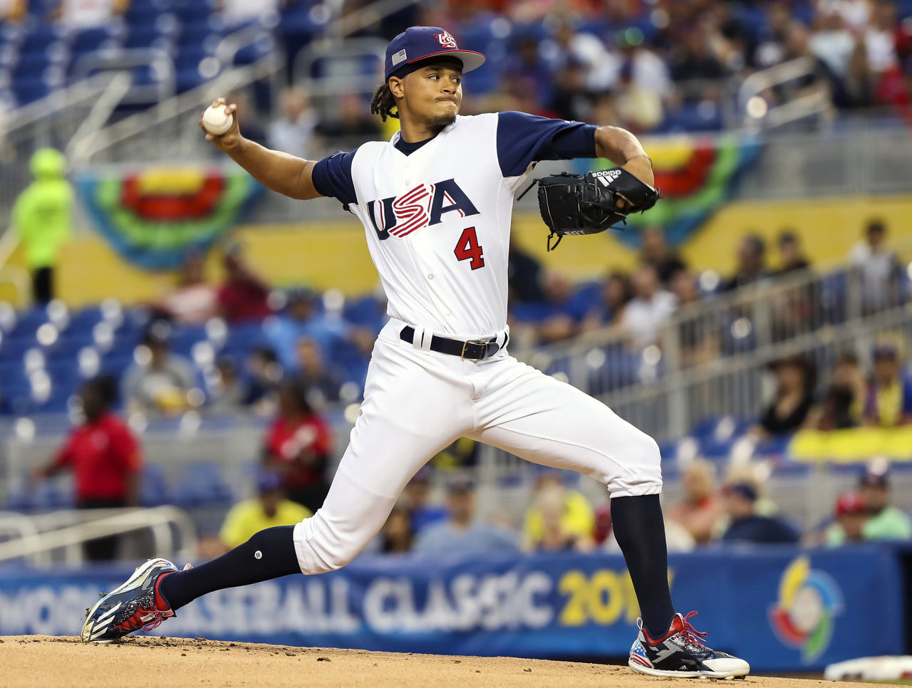 Cropped 2017 03 11t002256z 720570864 nocid rtrmadp 3 baseball world baseball classic colombia at usa