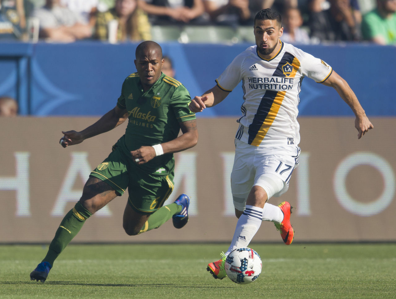 Cropped 2017 03 13t021346z 1128260464 nocid rtrmadp 3 mls portland timbers at los angeles galaxy