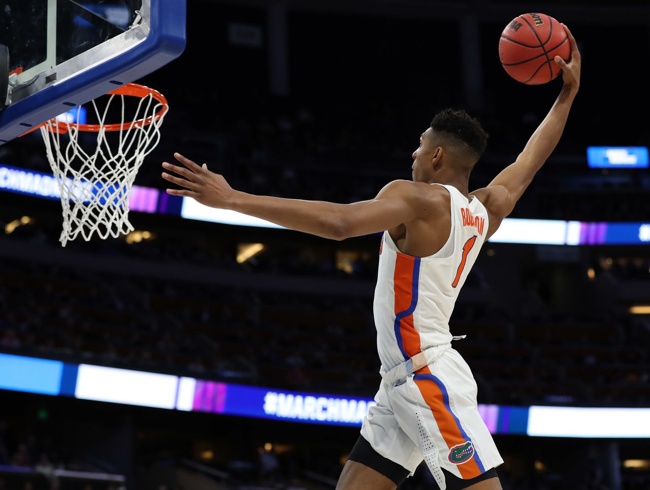 Cropped 2017 03 16t193823z 1524673185 nocid rtrmadp 3 ncaa basketball ncaa tournament first round florida vs east tennessee state