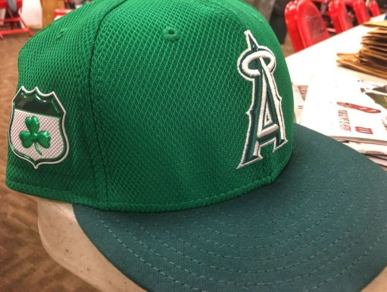 look mlb teams wear lucky green hats on st patrick u0027s day