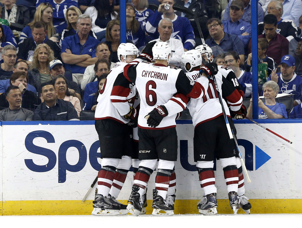 Cropped 2017 03 22t015511z 567745749 nocid rtrmadp 3 nhl arizona coyotes at tampa bay lightning
