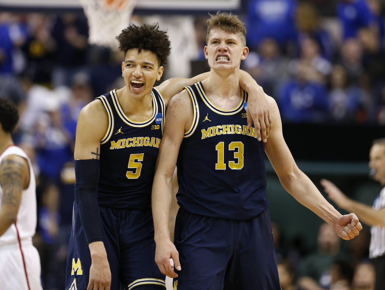 Cropped 2017 03 19t184748z 1818787722 nocid rtrmadp 3 ncaa basketball ncaa tournament second round michigan vs louisville