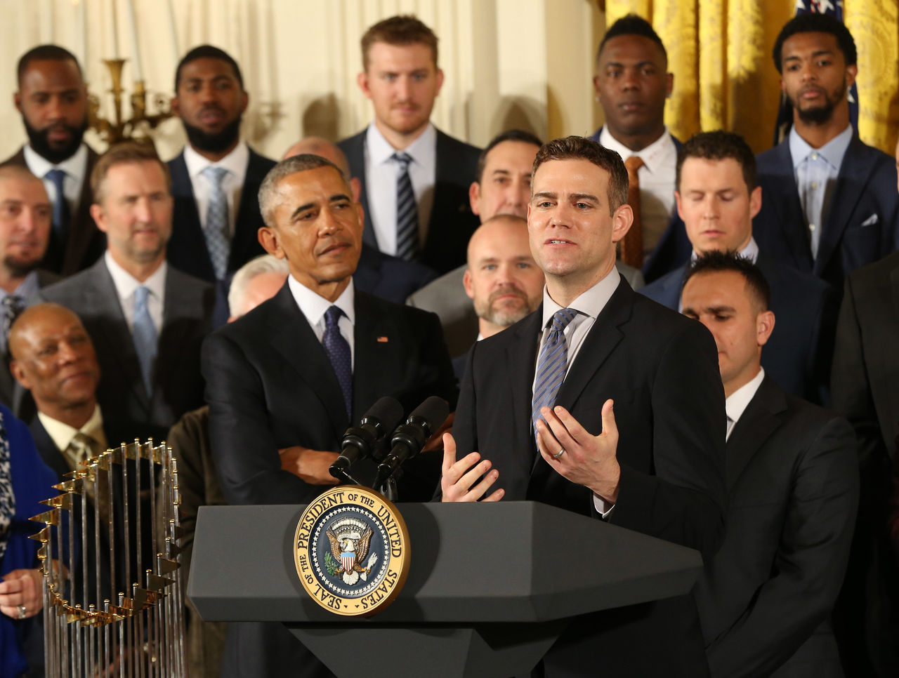 Cropped 2017 01 16t201103z 1829614449 nocid rtrmadp 3 mlb world series champion chicago cubs white house visit