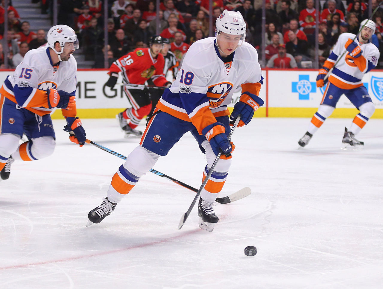 Cropped 2017 03 04t023152z 850453617 nocid rtrmadp 3 nhl new york islanders at chicago blackhawks