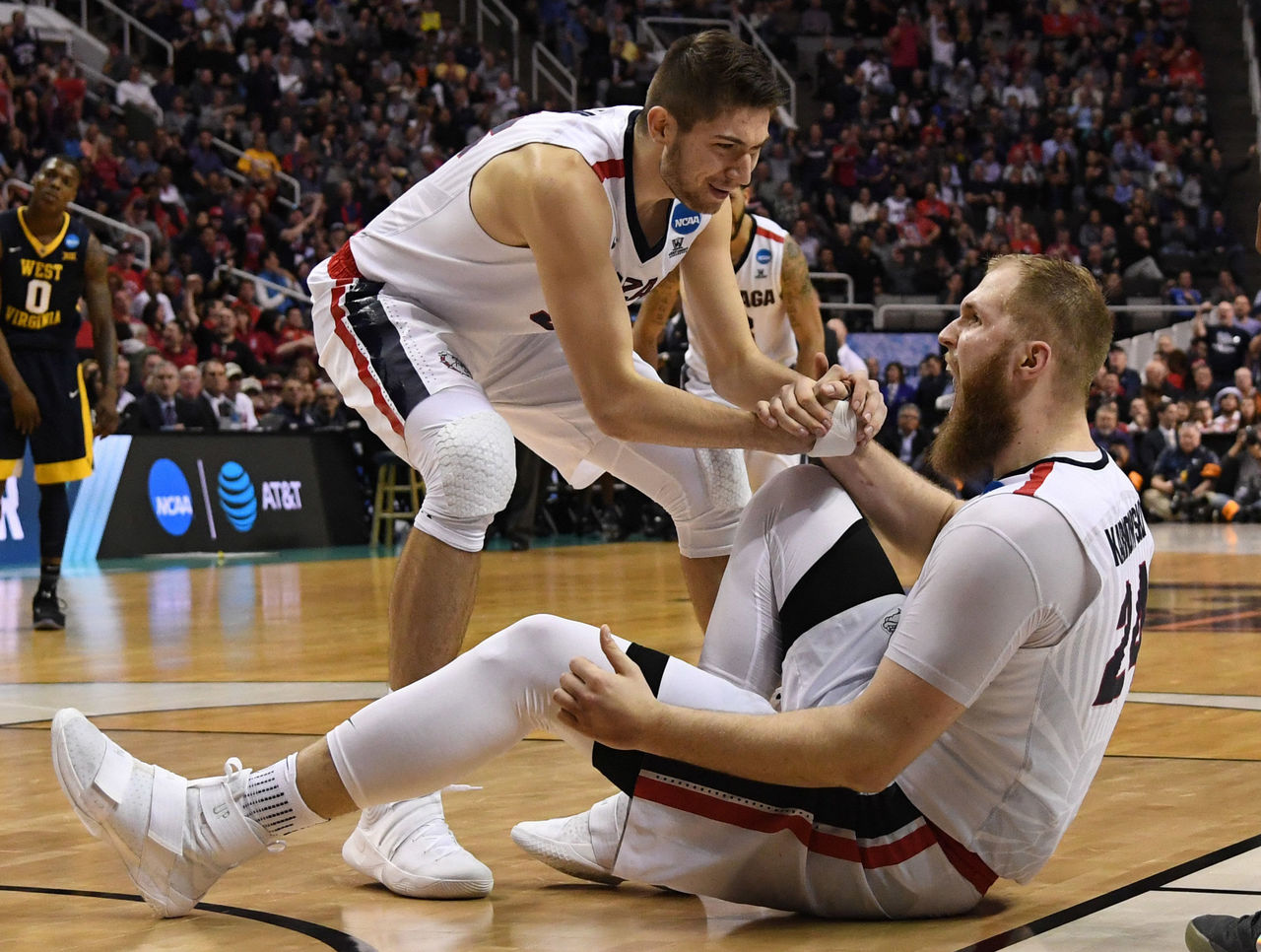 Cropped 2017 03 24t014654z 932603104 nocid rtrmadp 3 ncaa basketball ncaa tournament west regional gonzaga vs west virginia