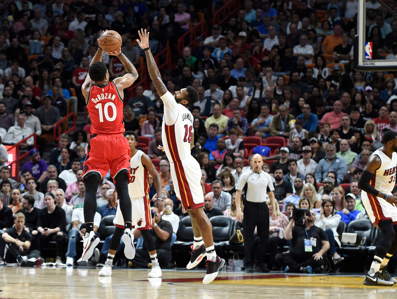 Cropped 2017 03 24t024229z 1092347981 nocid rtrmadp 3 nba toronto raptors at miami heat