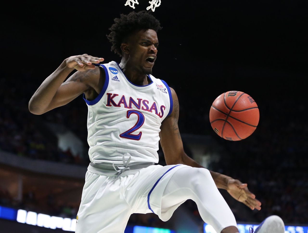 Cropped 2017 03 19t231635z 1643659141 nocid rtrmadp 3 ncaa basketball ncaa tournament second round kansas vs michigan state