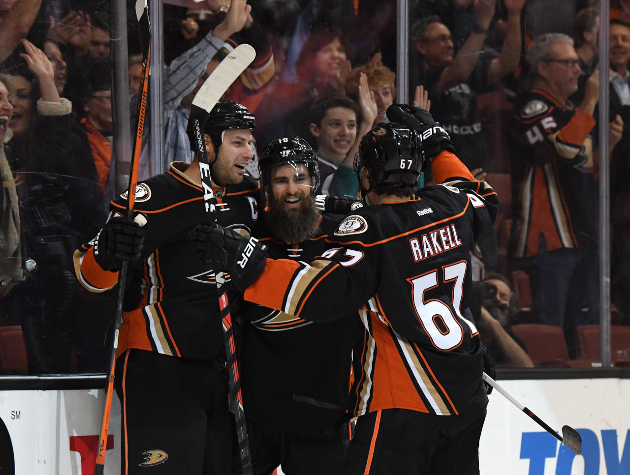Cropped 2017 03 23t030702z 1938663974 nocid rtrmadp 3 nhl edmonton oilers at anaheim ducks
