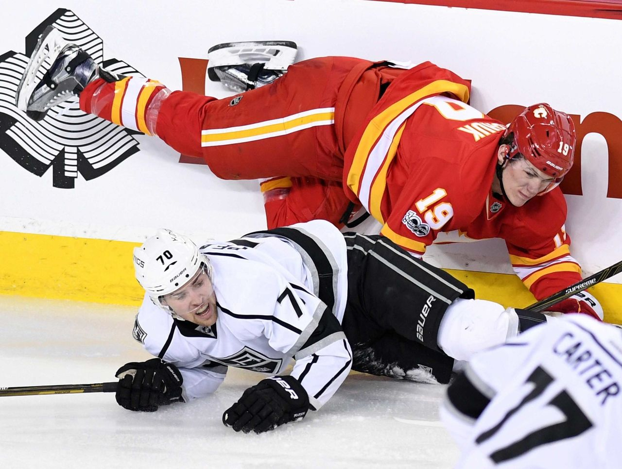 Cropped 2017 03 20t042749z 1279734106 nocid rtrmadp 3 nhl los angeles kings at calgary flames