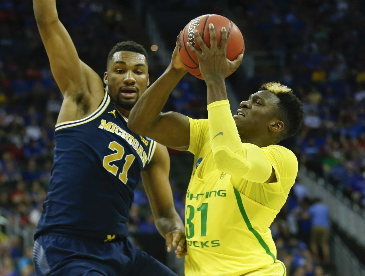 Cropped 2017 03 24t004409z 130451497 nocid rtrmadp 3 ncaa basketball ncaa tournament midwest regional oregon vs michigan