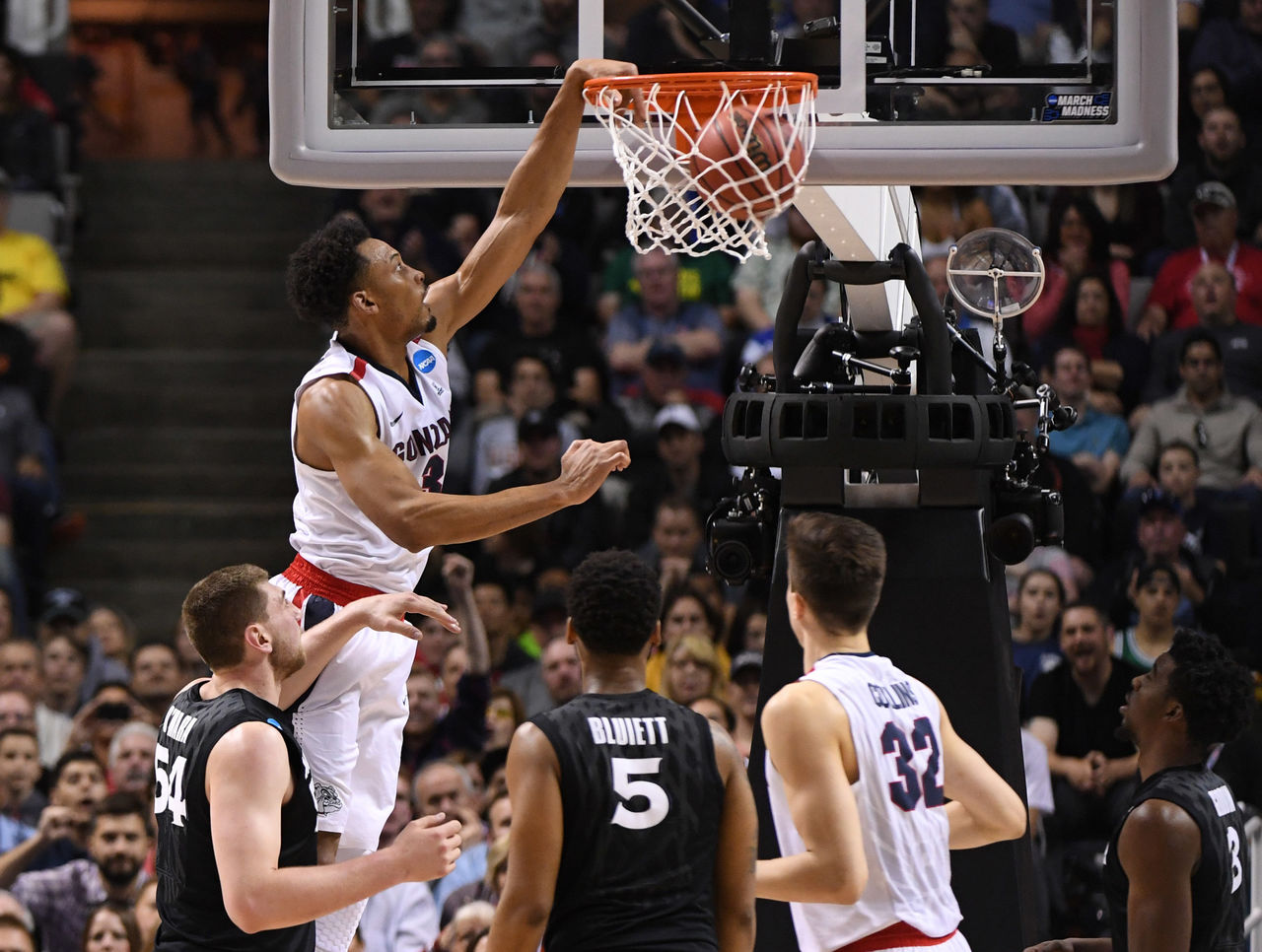 Cropped 2017 03 25t224607z 2122559710 nocid rtrmadp 3 ncaa basketball ncaa tournament west regional gonzaga vs xavier