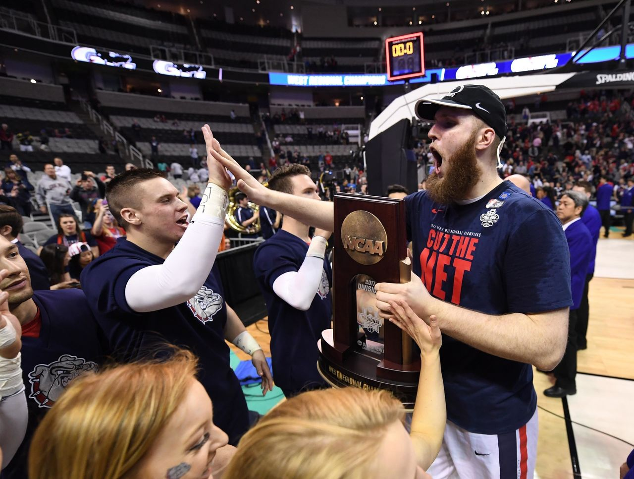 Cropped 2017 03 26t004904z 1098427401 nocid rtrmadp 3 ncaa basketball ncaa tournament west regional gonzaga vs xavier
