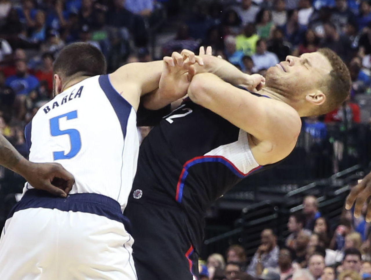 Cropped 2017 03 24t031411z 853857369 nocid rtrmadp 3 nba los angeles clippers at dallas mavericks