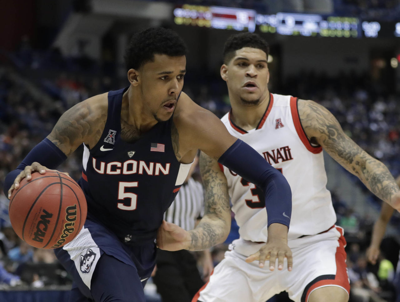 Cropped 2017 03 12t001213z 1856991731 nocid rtrmadp 3 ncaa basketball aac conference tournament connecticut vs cincinnati