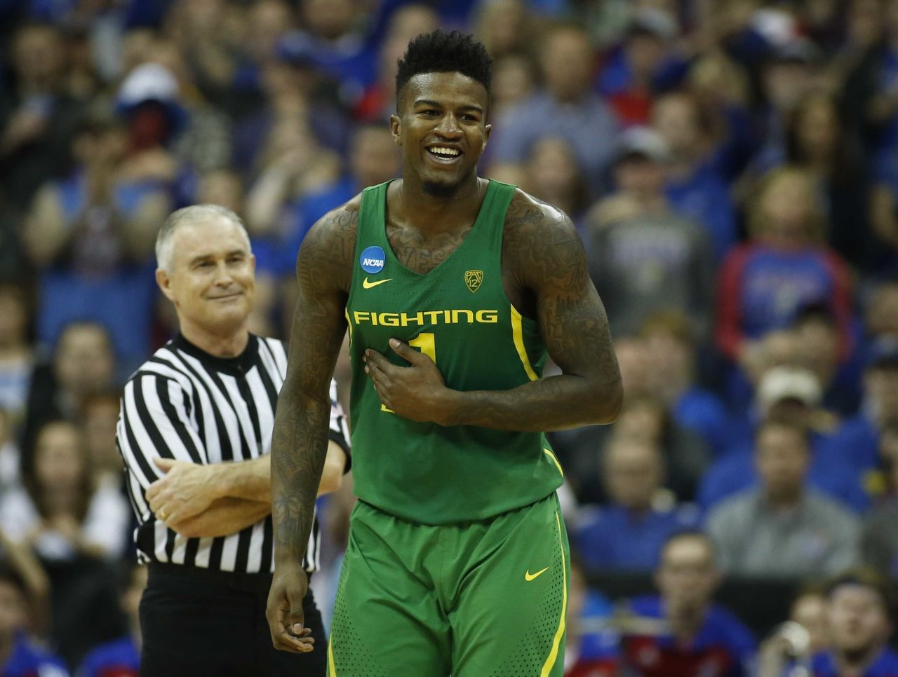 Cropped 2017 03 26t023103z 1190046769 nocid rtrmadp 3 ncaa basketball ncaa tournament midwest regional kansas vs oregon