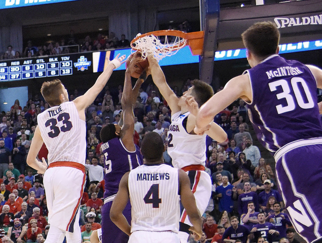 Cropped_2017-03-19t001857z_1833005368_nocid_rtrmadp_3_ncaa-basketball-ncaa-tournament-second-round-gonzaga-vs-northwestern